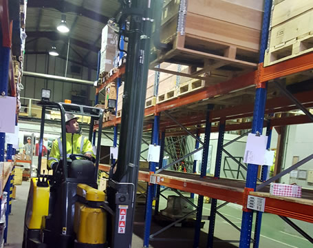 Pivot Steer (BendiTruck) Lift Truck